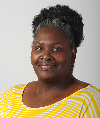 Theresa Davis : Customer service